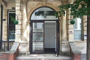 Kings-Cross-London-Travel-Clinic-Building-Entrance1